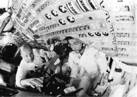 SOYUZ 4 AND 5