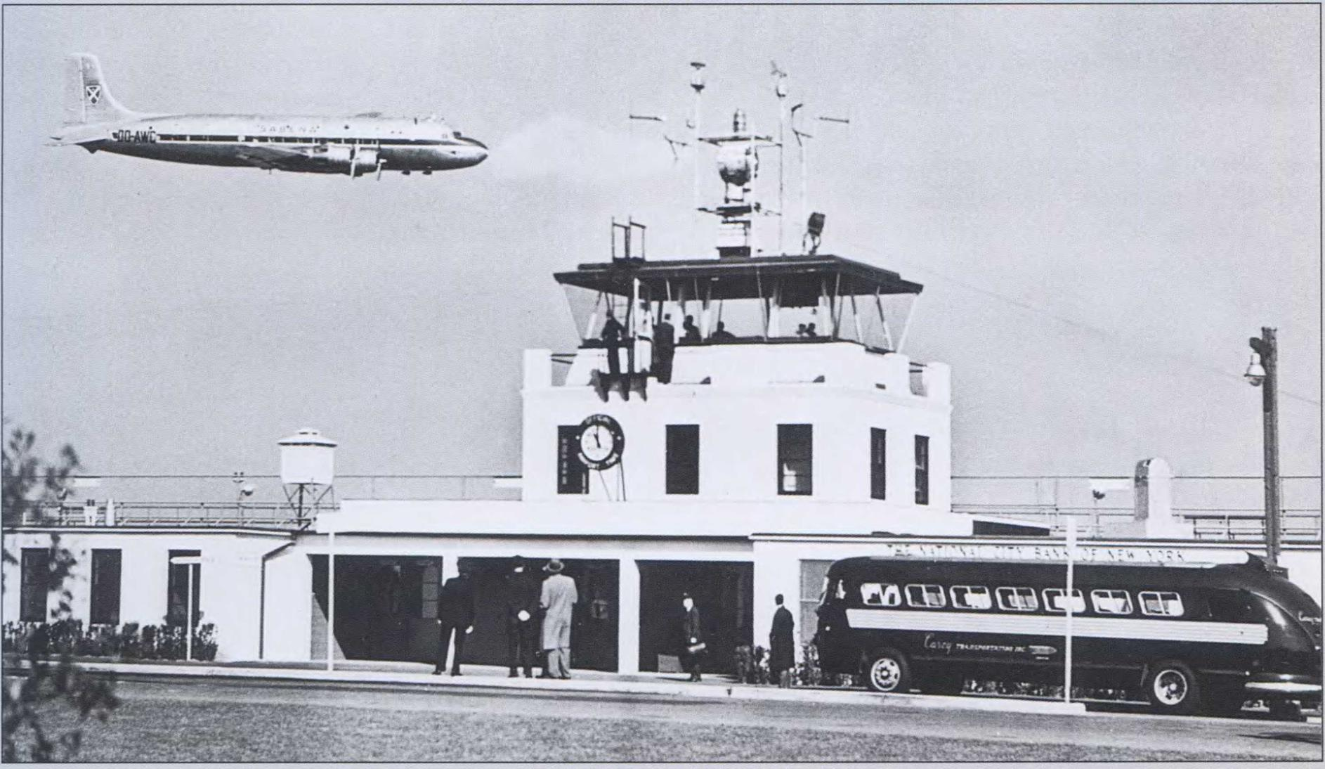 MAJOR U. S. AIRPORTS IN THE 1950s