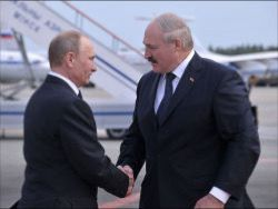 Air base in RB: Lukashenko does not want to swallow a hook